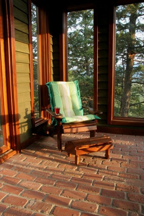 5 reasons to build a screened porch timber frame hq for Timber frame screened porch