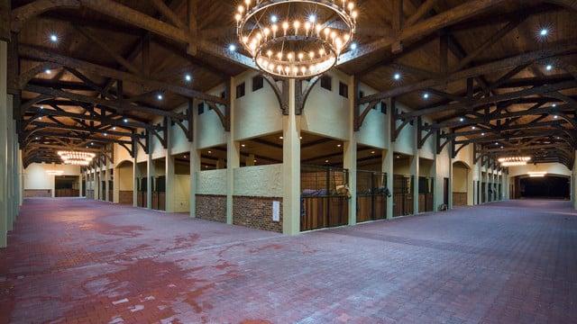 Carolina Timberworks Horse Barn