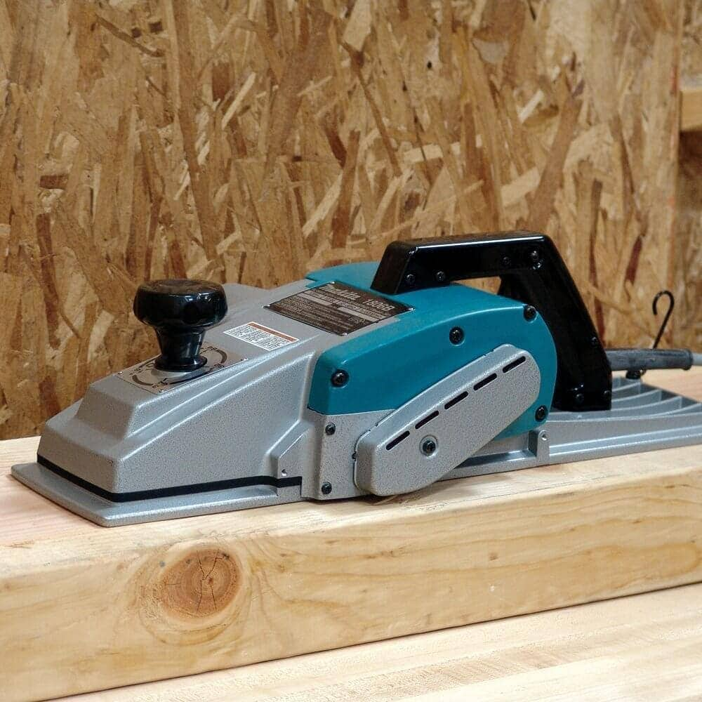Tool Review Makita 1806b 6 3 4 Inch Planer Timber Frame Hq What Does An Electric Do