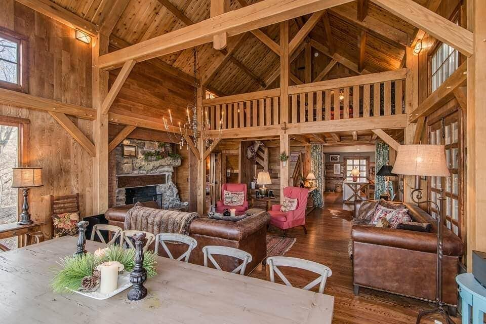 Homestead Timber Frames Lodge Space