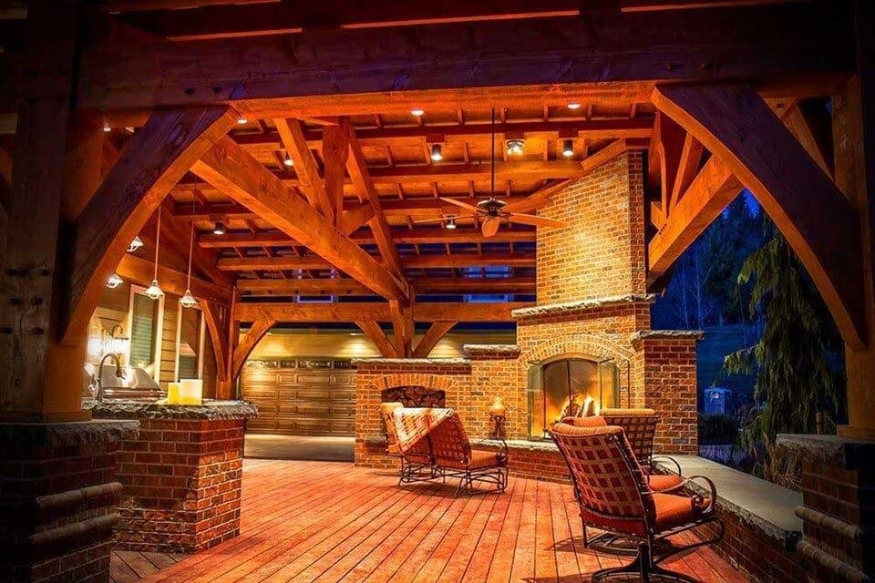 Arrow Lounge by A Fire-Roast Marshmallows